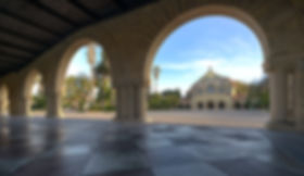 1920px-Stanford_University_Arches_with_M