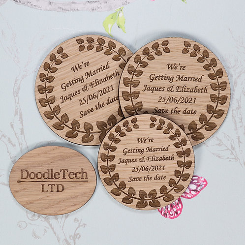 Circular Wreath - Wooden Save the Date Magnets