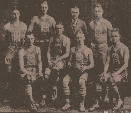 Rochester basketball_edited.jpg