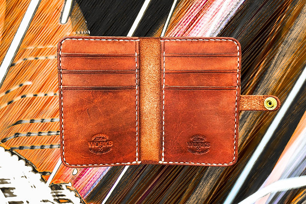 Saddle Tan Vertical Wallet