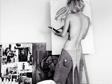 An Inspiring Artist: She Follows Her Dreams | HERMUST