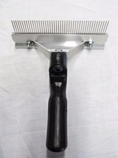 Decker® Fur Comb
