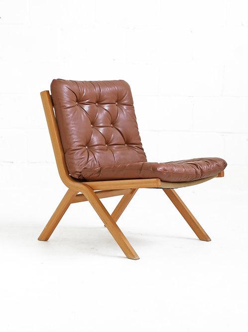 Maple Uno Folding Chair by Ekornes