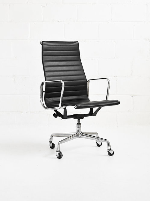 Eames Aluminum Group Highback Executive Chair for Herman Miller