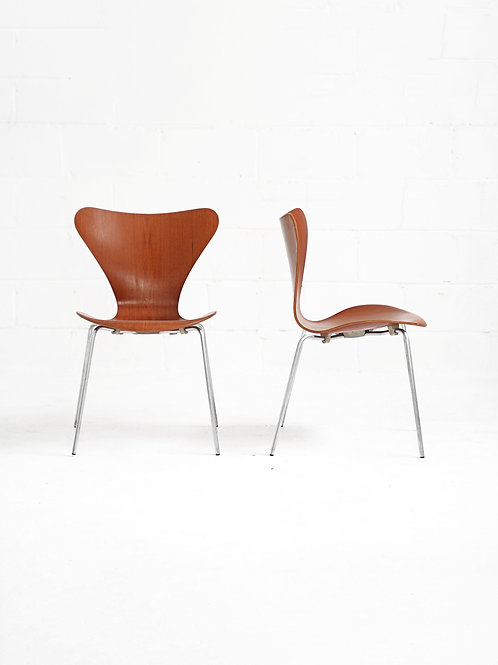 "Set of 4 Series 7 ""Butterfly"" Chairs in Teak by Arne Jacobsen for Fritz Hansen"