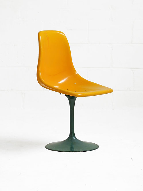 Fiberglass Shell Chair in Yellow and Green