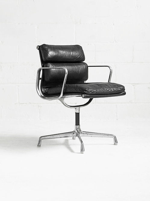 Eames Soft Pad Management Chair by Charles and Ray Eames for Herman Miller