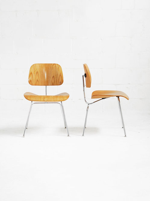 Set of 6 Eames Molded Plywood (DCM) Chairs in Ash for Herman Miller