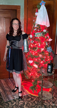 Me Christmas Dirndl.2.jpg