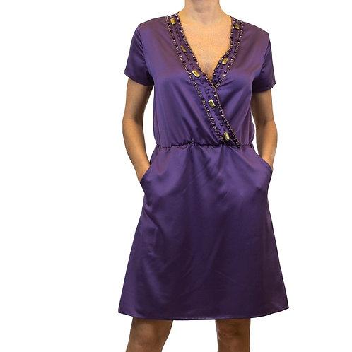 Vestido decote bordado trespassado