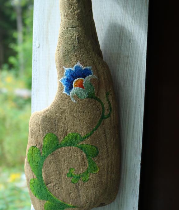 driftwood folk flower