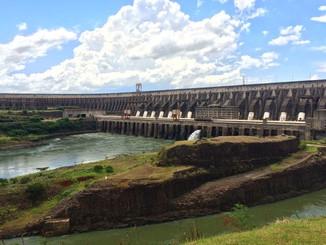 A hidrelétrica de Itaipu Binacional