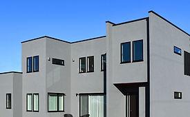 ジョイホームデザインの施工例セレクション「街並みに調和するスタイリッシュなグレーの家」