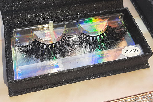 019 Adhesive Lashes by Mad House Mansion