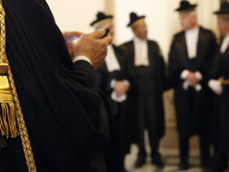 Emergenza Covid19: forse spetta anche agli avvocati ed tutti gli iscritti agli ordini professionali