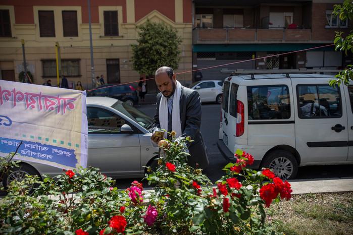 Torpignattara, street scene.