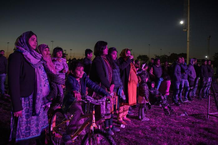 Centocelle. Gruppo di bengalesi assiste ad uno spettacolo tradizionale durante i festeggiamenti per il capodanno bangla che cade nel mese di aprile.