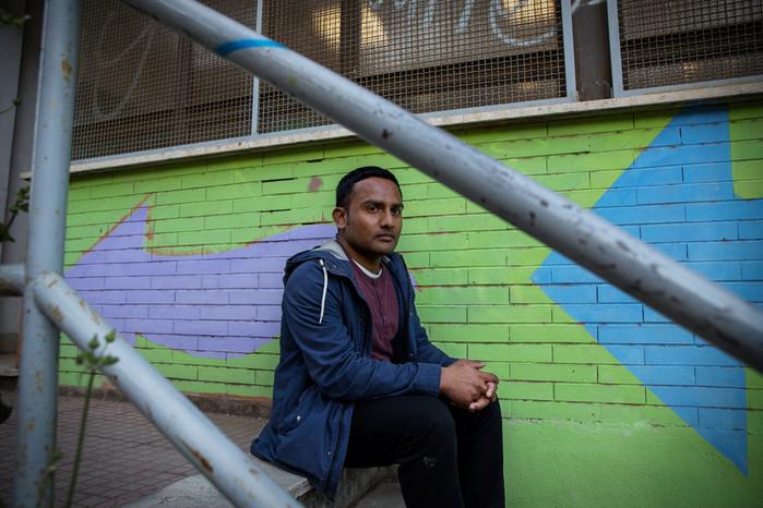 . Iftekhar, 27 anni, ingegnere aerospaziale. Da 17 anni vive in Italia, ha ottenuto la cittadinanza circa 3 anni fa grazie al padre.