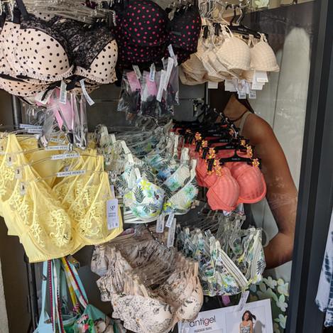 Pomponette lingerie
