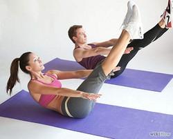 Do-the-Teaser-in-Pilates-Step-3