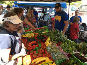 SHOP LOCAL AT THE FARMER'S MARKET!