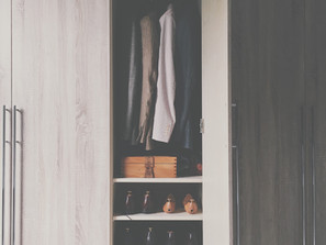 LETTING GO OF CLOSET CLUTTER