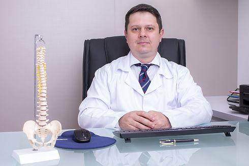 Dr. Rafael (8).jpg