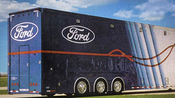 STANCE_axleless_low-floor-trailer-systems_ford