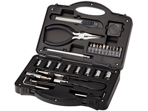 geöffneter schwarzer Werkzeugkoffer mit 28 Werkzeugen; Schrägansicht