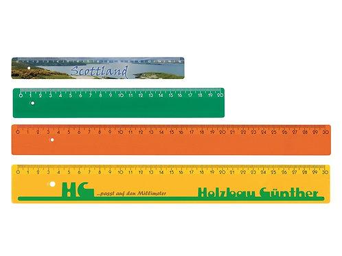 vier Kunststoff Lineale in verschiedenen Farben und Längen bedruckbar