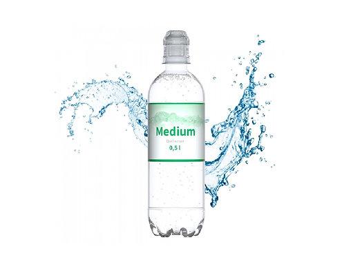 500 ml Quellwasser in der bedruckbaren transparenten Flasche