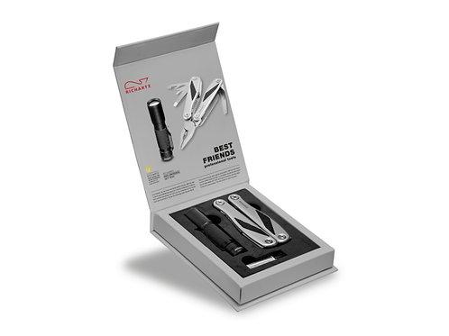Richartz Werkzeug Set in geöffneter Verpackung