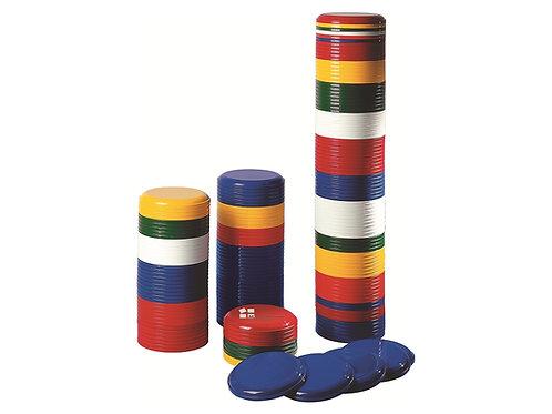 Stapel mit Wurfscheiben aus Plastik in vielen Farben