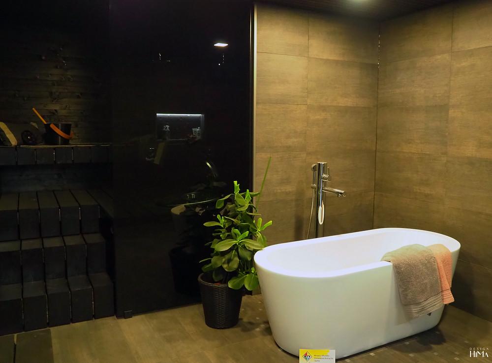 Talo Luvia kylpyhuone ja musta sauna