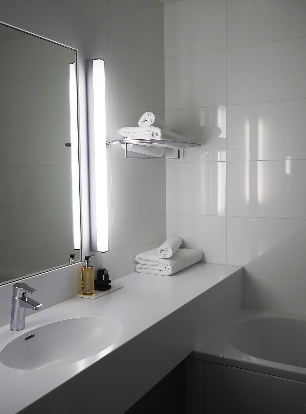 Solo Sokos Hotel Paviljonki kylpyhuone