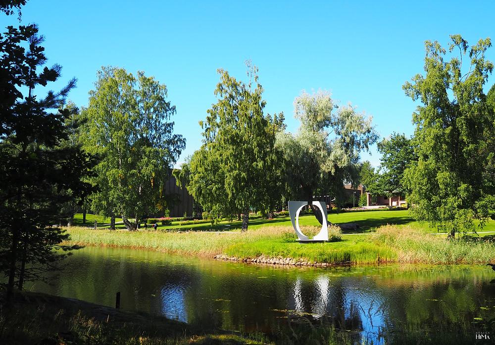 taidemuseo Gösta veistospuutarha