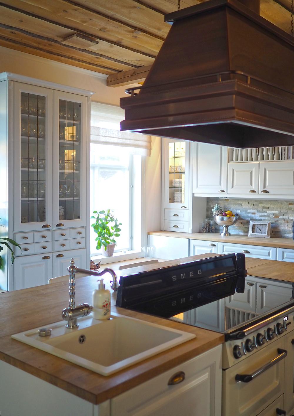 Marjoniementila keittiö