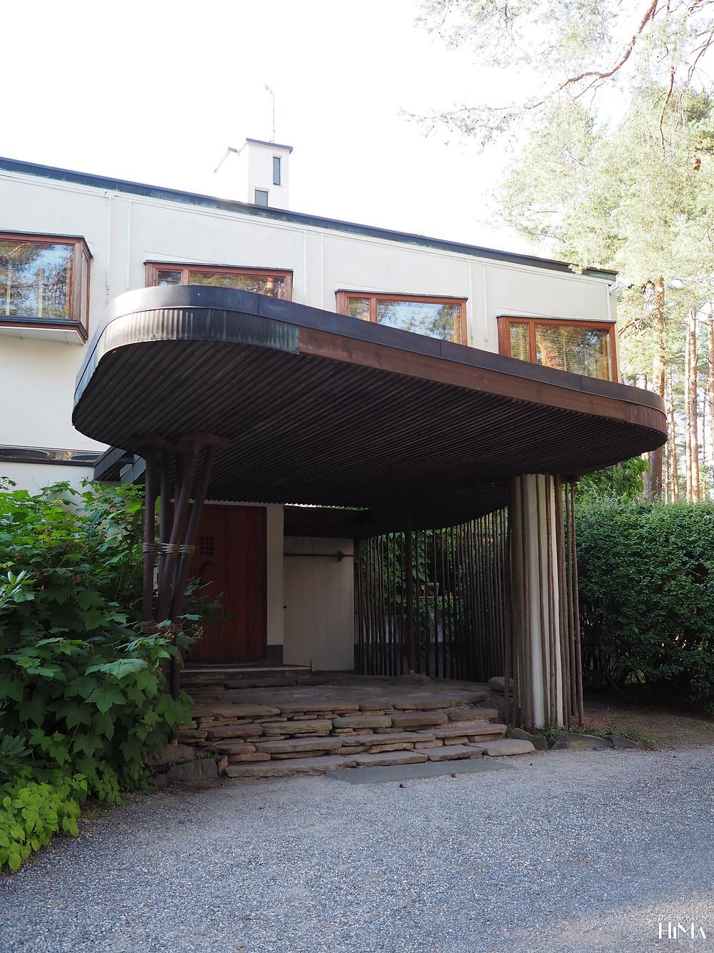 Villa Mairea sisäänkäynti