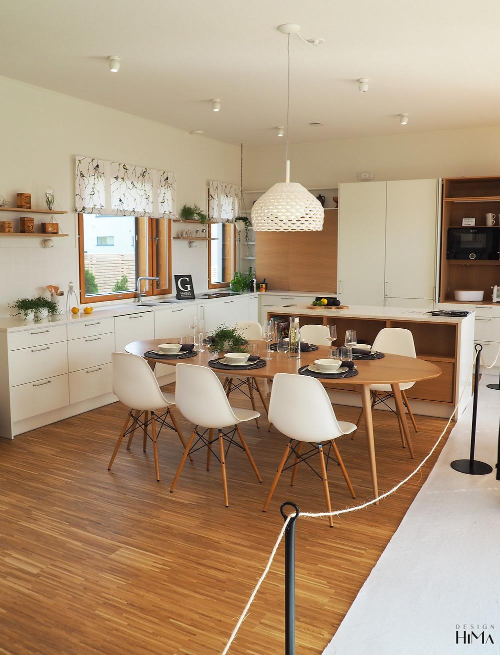 Talo Lintula keittiö ja ruokailutila
