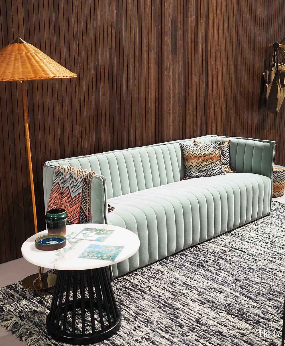 mintunvihreä sohva