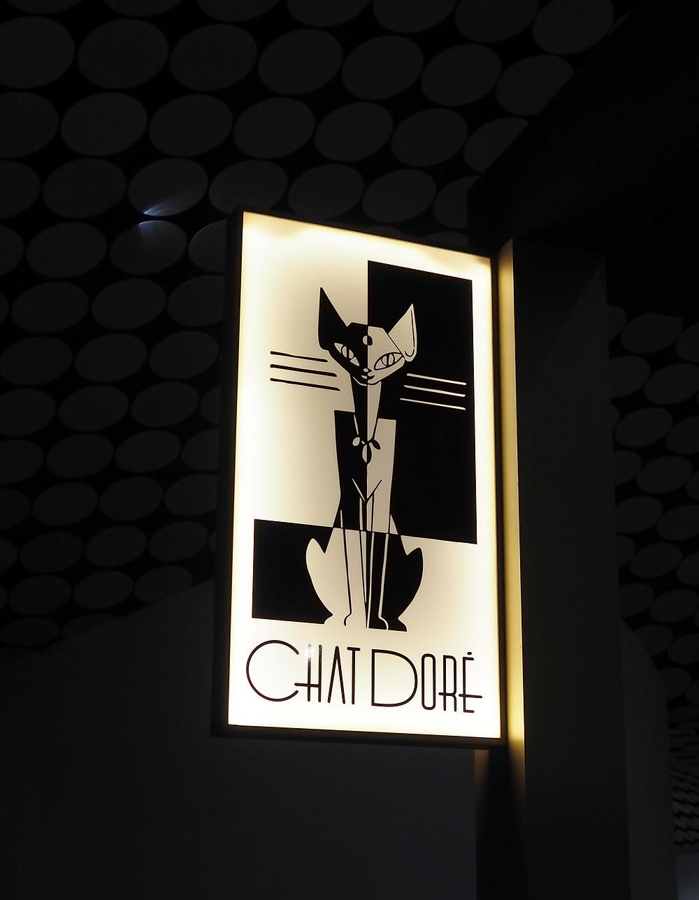 Le Chat Doré -kahvila