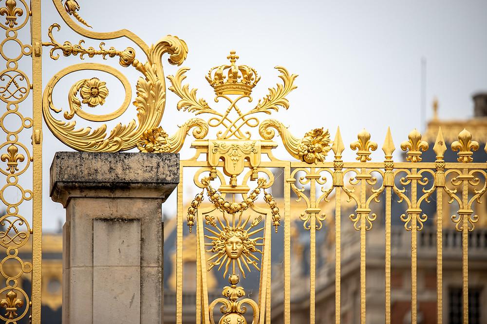 Versaillesin linnan kultaiset portit