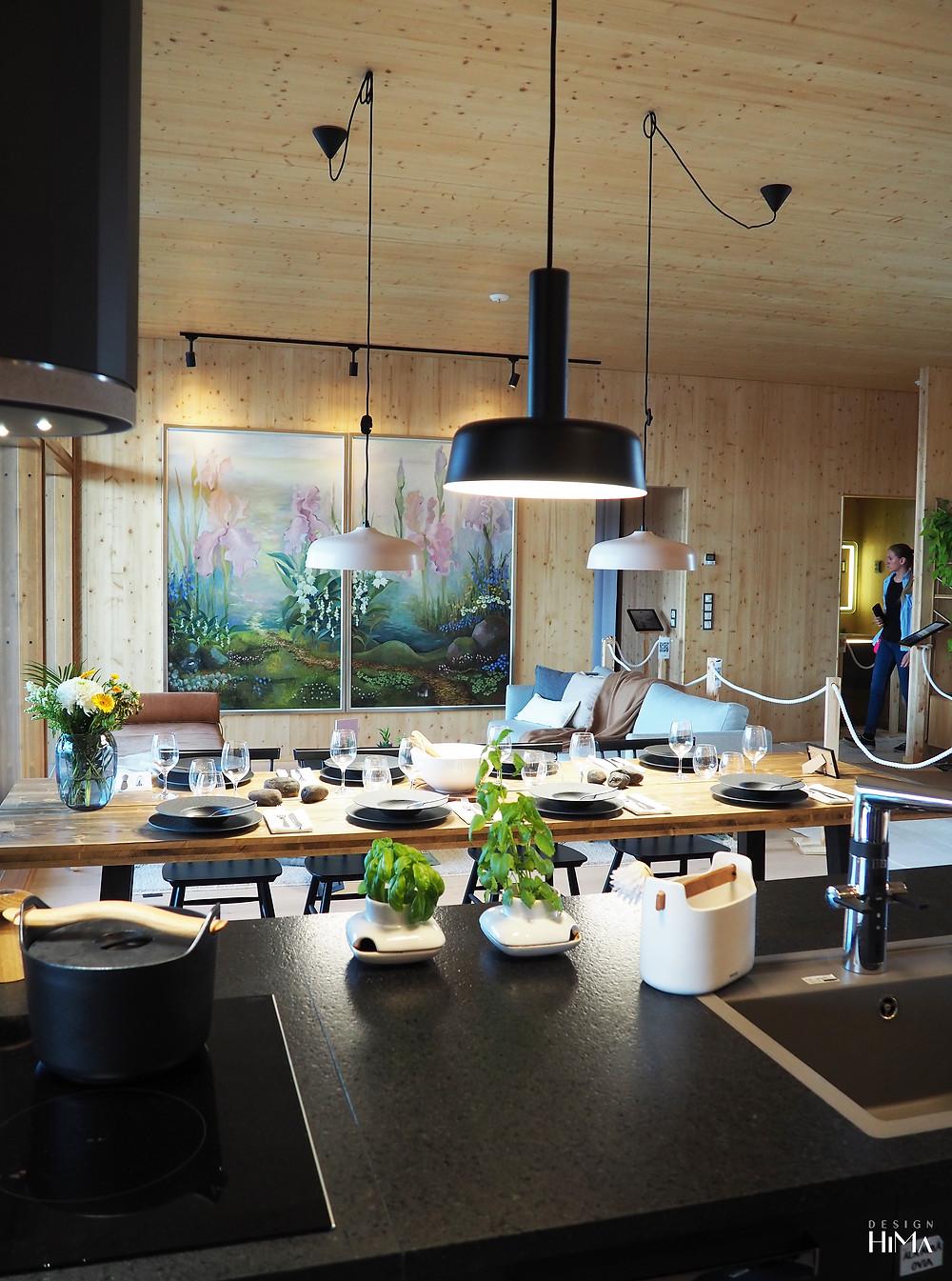 Talo Haltiatar keittiö-olohuone