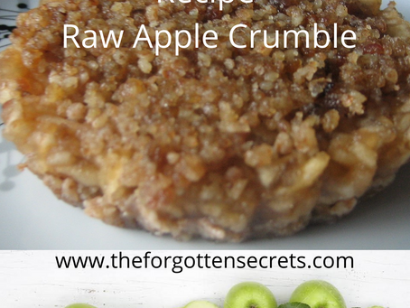 Raw Apple Crumble/Pie