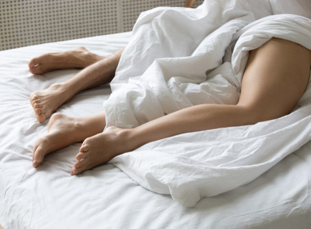 Sleep Tips and Sleeping Naked