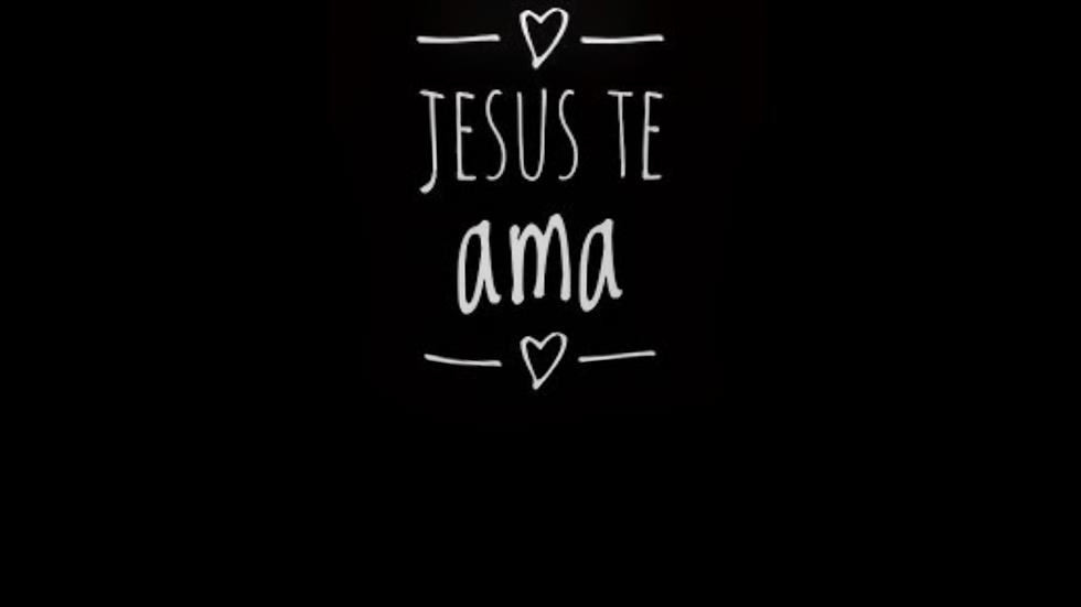 Camiseta Tradicional Jesus te ama