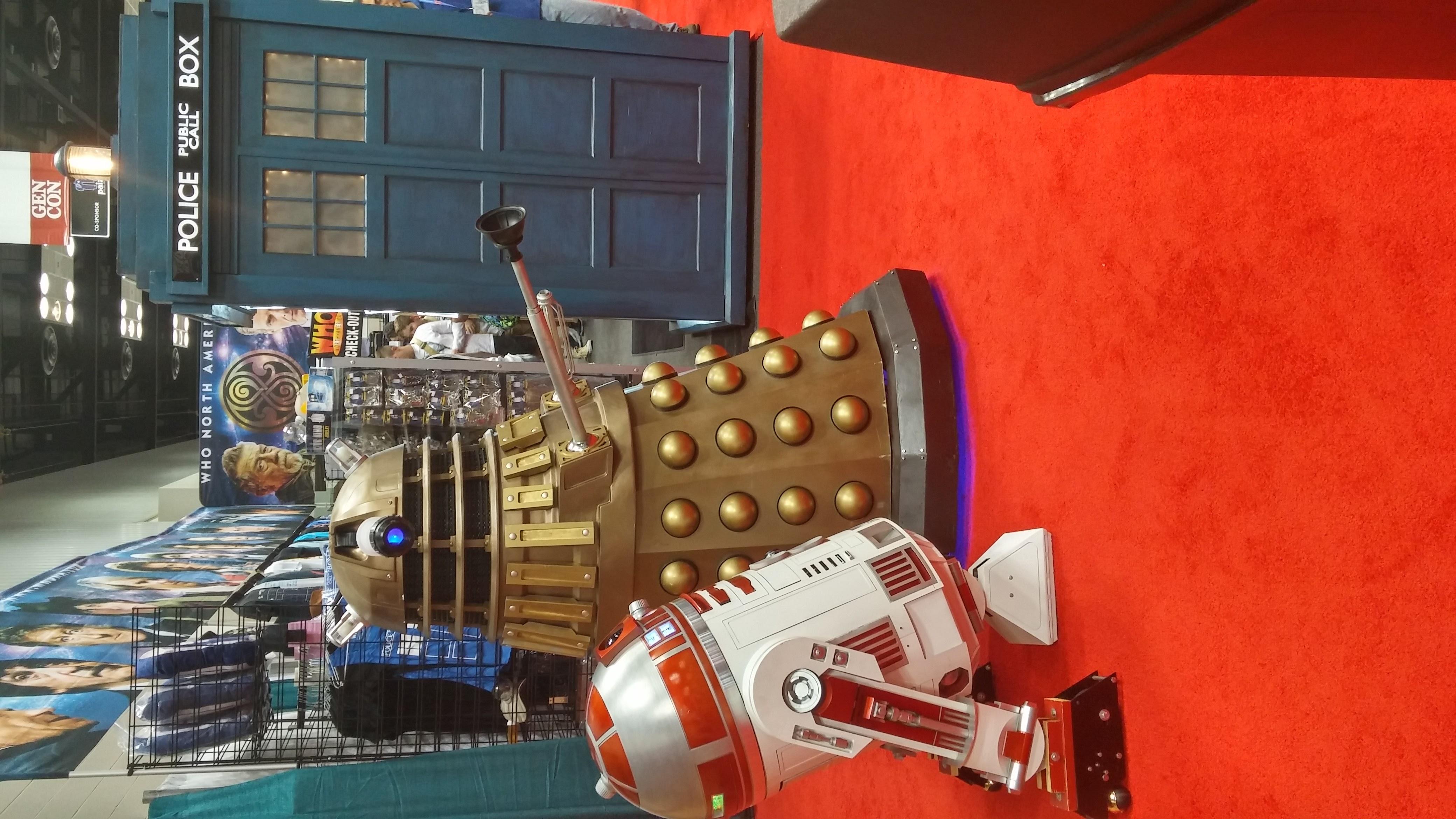 Dalek meets R2
