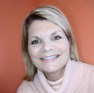 7 Questions with Loralyn Mears