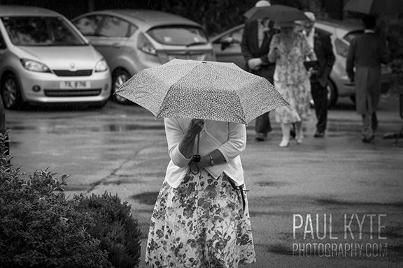 A wet weather wedding .. no problem!