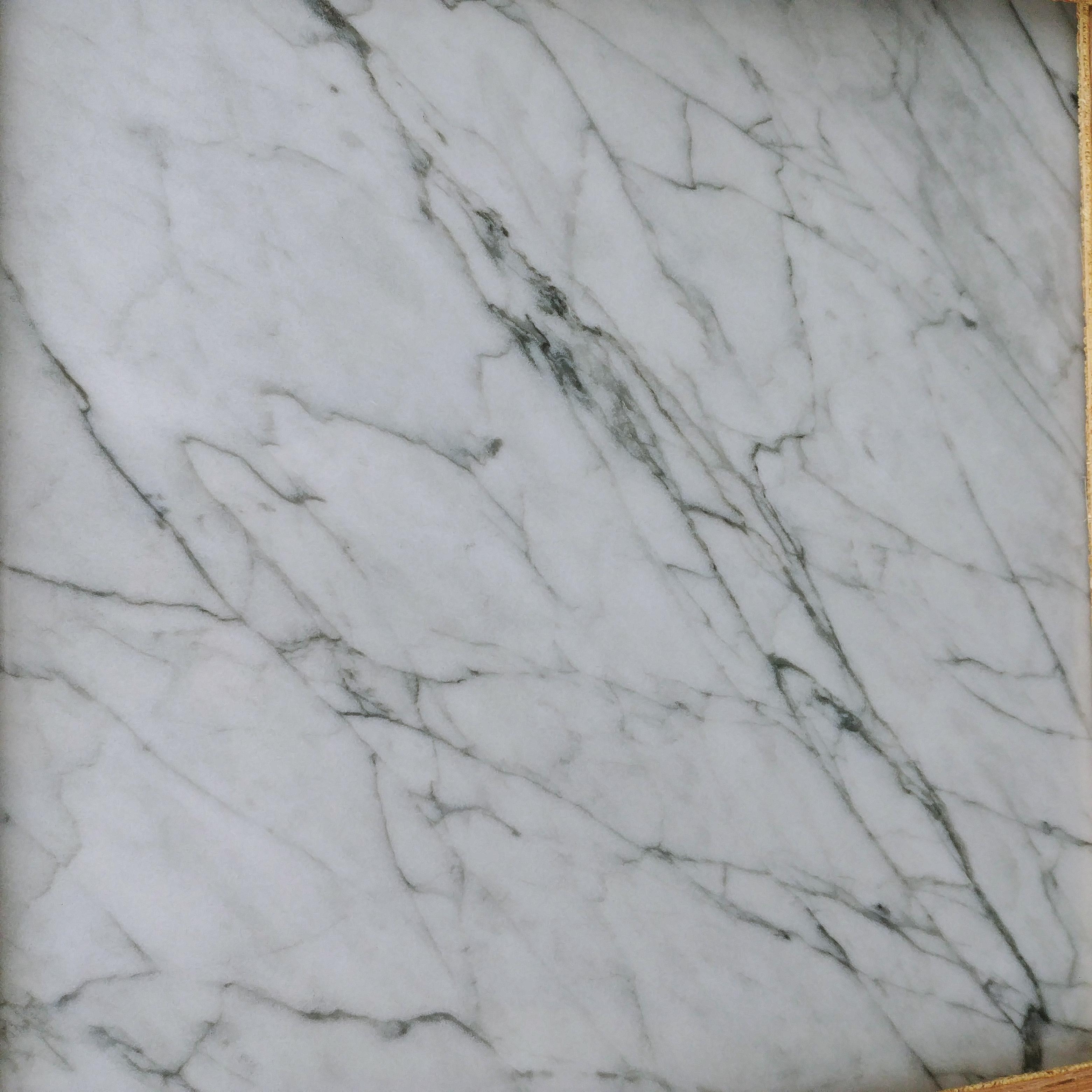 Bianco Carrara Close